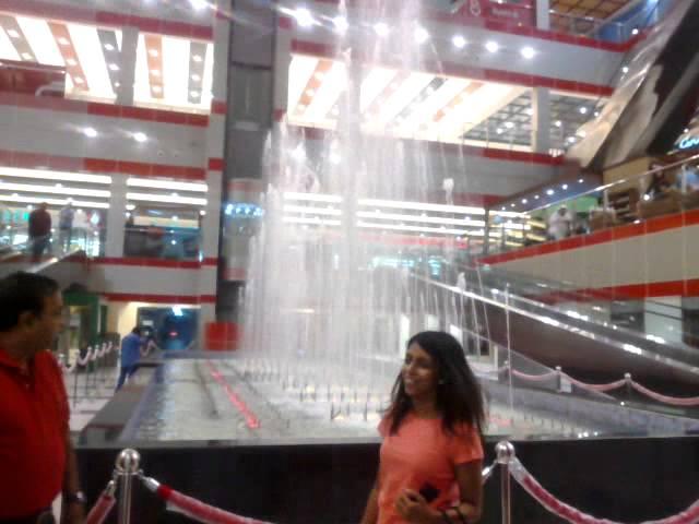 Ramli mall bahrain fountain.mp4